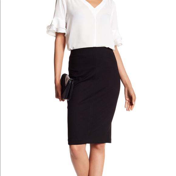 7034c675f Catherine Malandrino Skirts   Slim Pull On Skirt Xs   Poshmark